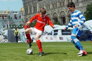 Футбол у ГУМа