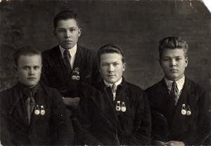 Ребята 30-х годов, сдавшие нормы ГТО