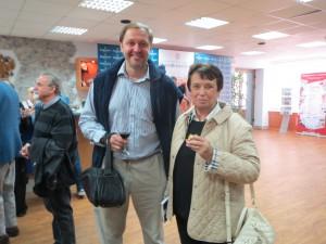 Популярнейшие спортивные теле- журналисты Кирилл Набутов и Анна Дмитриева