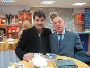 Поэт-философ Владимир Вишневский и секретарь Союза журналистов России Рафаэль Гусейнов