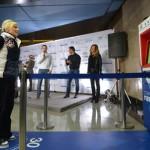 Елена Замолодчикова показала образец тридцатирублевых приседаний в метро