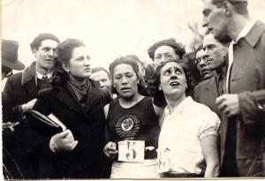 На поле толпа, репортеры снуют... Безоговорочная победа Анны Зайцевой