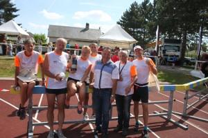 Интернациональная команда России провела в бесконечных забегах 14 дней по городам и весям Франции