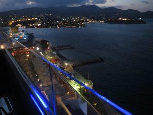 Городок Агиос Николаос из окна номера отеля как на ладони