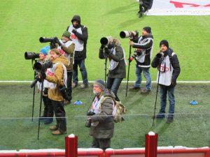 Фотокорреспонденты - жадные до событий люди